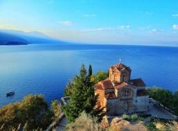 Нова Година на брега на Охридското езеро